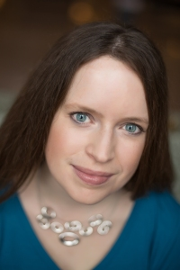 Laurie Lucking Headshot